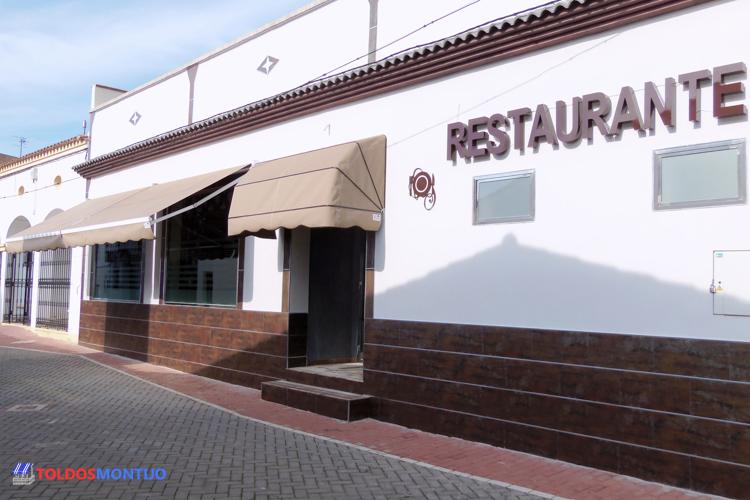 Toldos Montijo, capota en restaurante, fachada